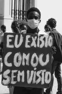 """3ºPrémio-Carolina Luciano (FCT) """"EU EXISTO COM OU SEM VISTO"""""""